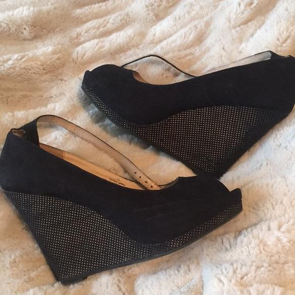 Shoes - Black wedges 7.5